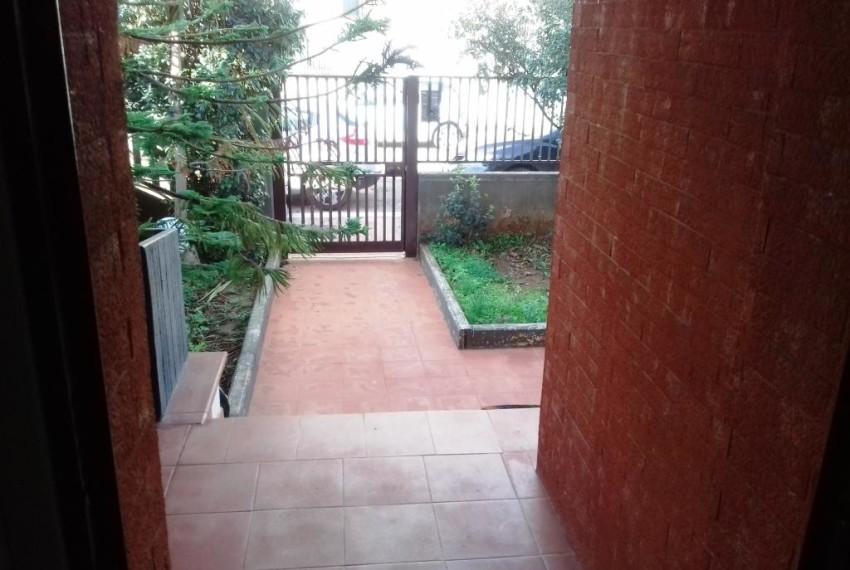 ingresso - giardino anteriore