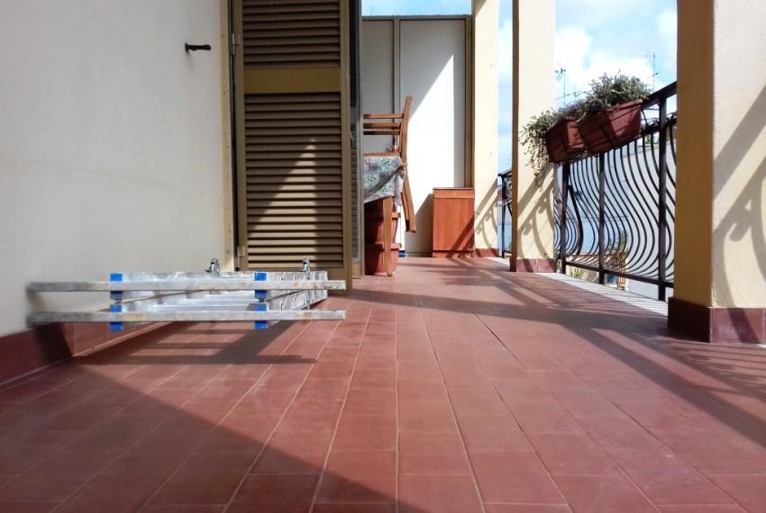 balcone zona giorno (2)